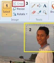 shotscreen untuk artikel cara memotong foto dengan mudah dengan paint